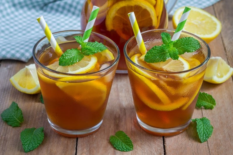 Iced lemon tea with straws